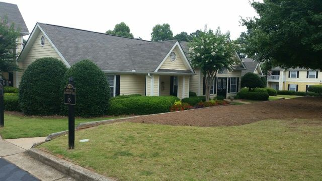 770 922 1834 1 3 Bedroom 1 2 Bath Brandon Glen 1500 Brandon Glen Way Ne Conyers Ga 30012 Living Environment Apartments For Rent Photo And Video