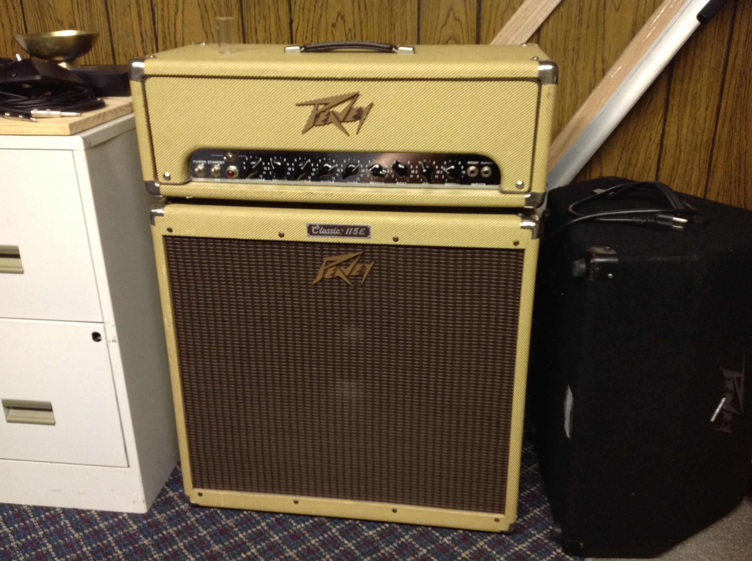 peavey classic 50 half stack peavey powered guitar marshall speaker musicals. Black Bedroom Furniture Sets. Home Design Ideas