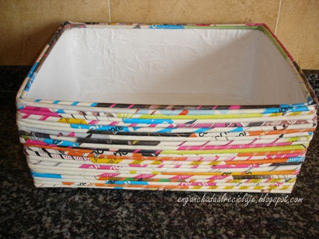 Caja reciclada con revistas