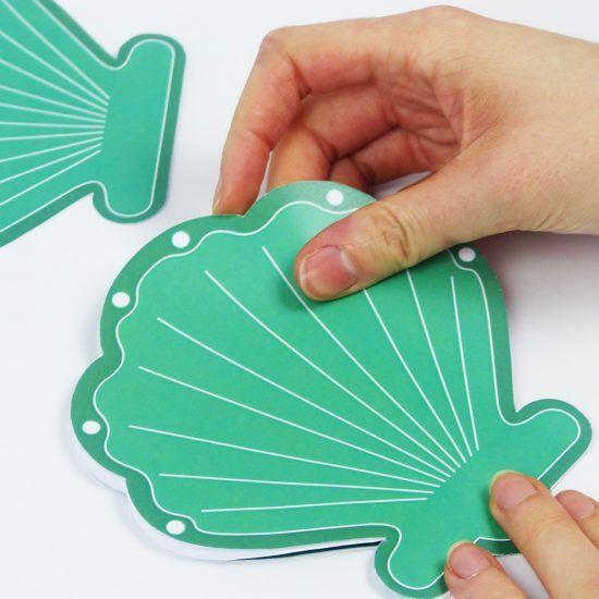 Unterwasserparty Einladung Mit Dieser Druckvorlage Kannst Du Eine Hübsche  Muschel Karte Basteln   Ob Als