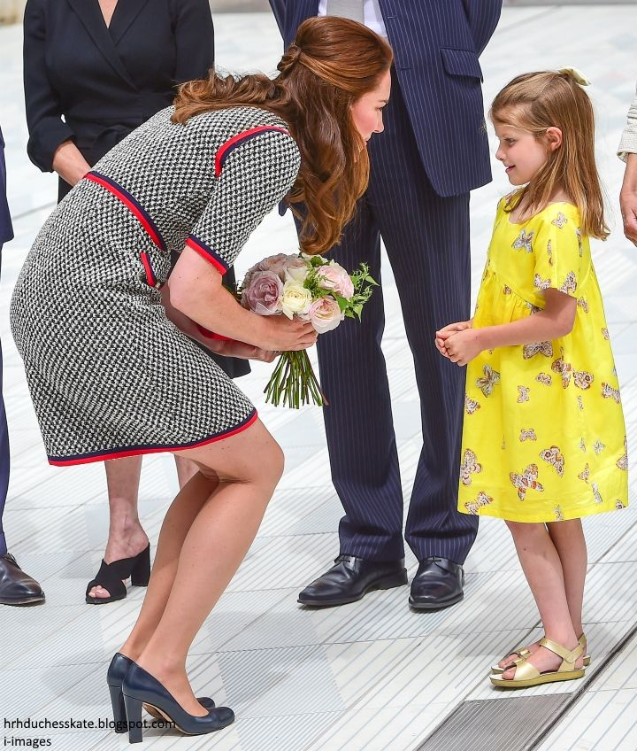 Duchess Kate Kate Channels Jackie O In Gucci Mini Dress For V A Museum Exhibition Road Opening Princess Kate Middleton Princess Kate Duchess Kate