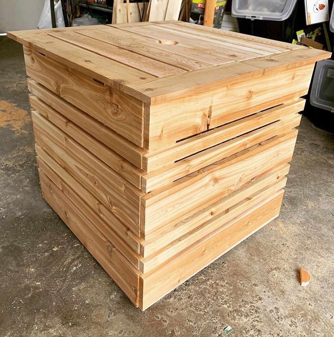 Mighty The Scamp On Instagram My Newest Project Completed It S A Cedar Umbrella Stand Box That Can Be Storage And A Table When In 2020 Umbrella Stand Storage Cedar