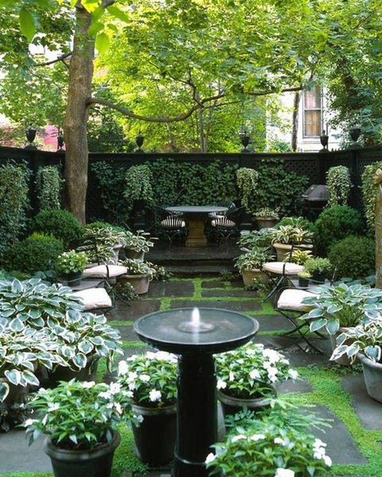 35 Beautiful Backyard Garden Ideas For Your Dream House Garden Gardenideas Gardendesign Small Courtyard Gardens Backyard Garden Design Garden Design