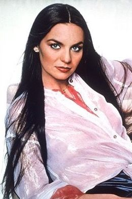 Crystal Gayle Country Female Singers