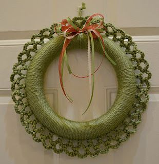 Photo of Crochet wreath with link for tutorial. 9/22/13, made it in a rusty red color fo …