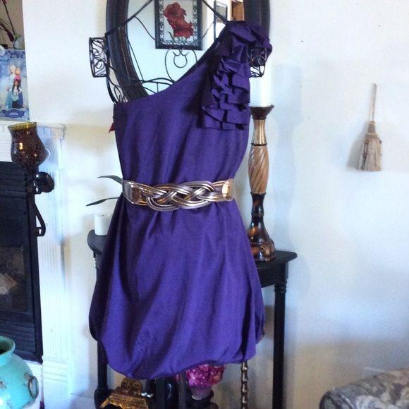 Purple dress XXI. Purple dress brand XXI size large. Belt not included. XXI Dresses