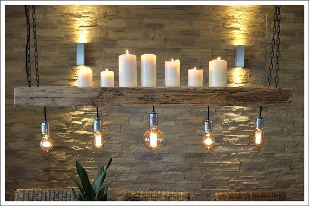 Upcycling Lampe im Retro-Stil, Edison Gl\u00fchbirne auf altem Bauholz / wooden ceiling lamp with ...