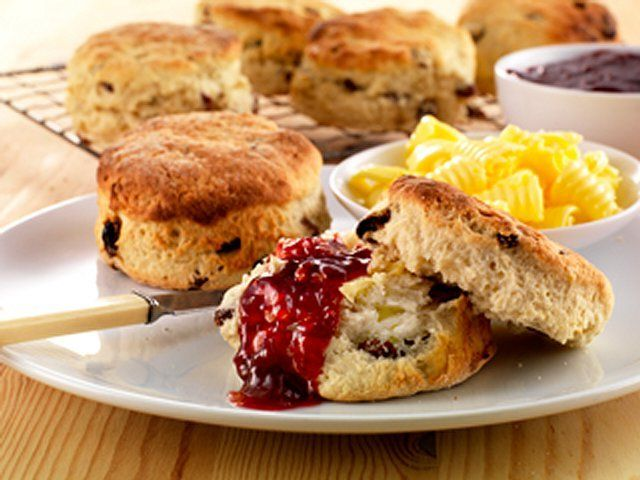 The Irish Food Guide Blog Soda Bread Is That A Scawn Or A Scone Irish Recipes Odlums Recipes Fruit Scones