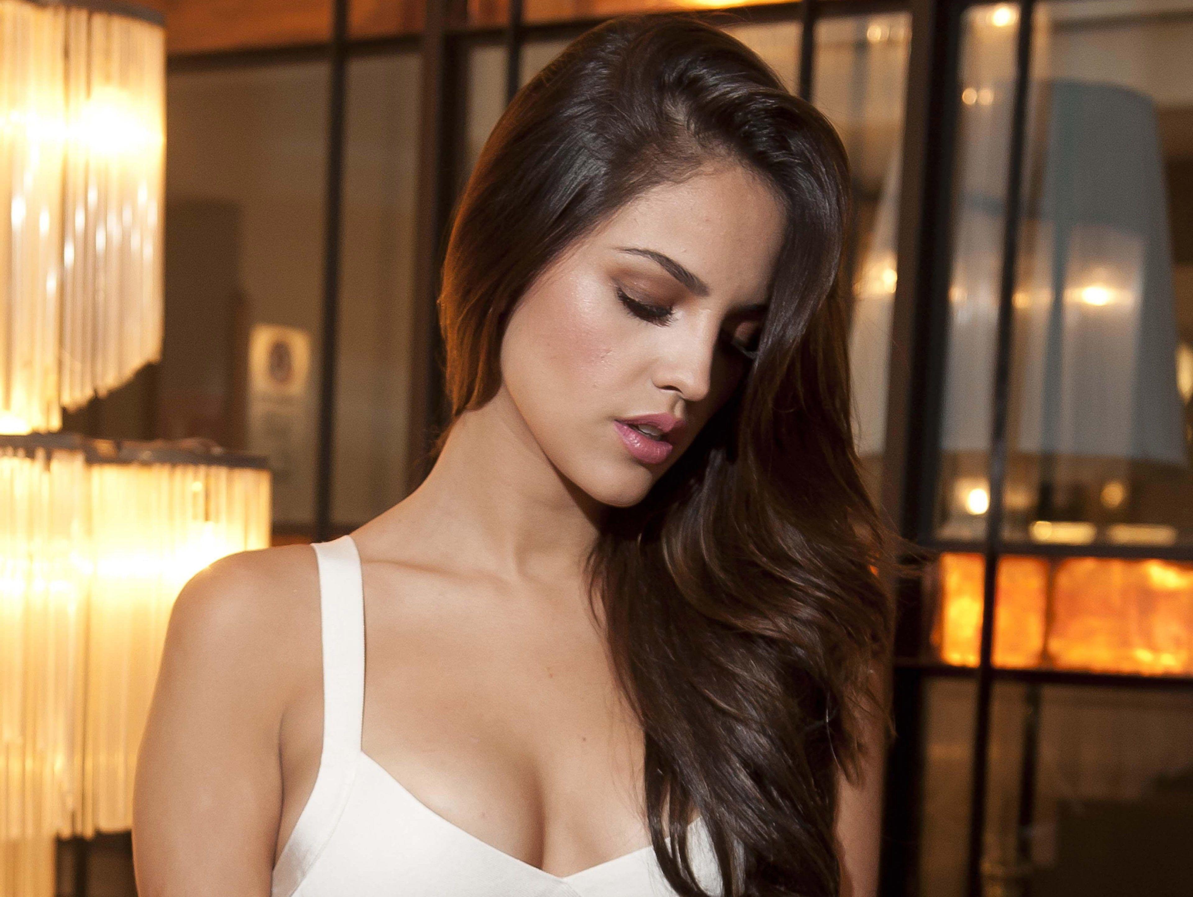 Eiza Gonzalez 4k Best Widescreen 4k Wallpaper Hdwallpaper Desktop Eiza Gonzalez Celebrity Wallpapers Beauty