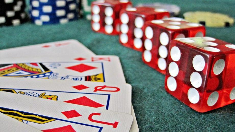 Онлайн казино на деньги casino engine ru