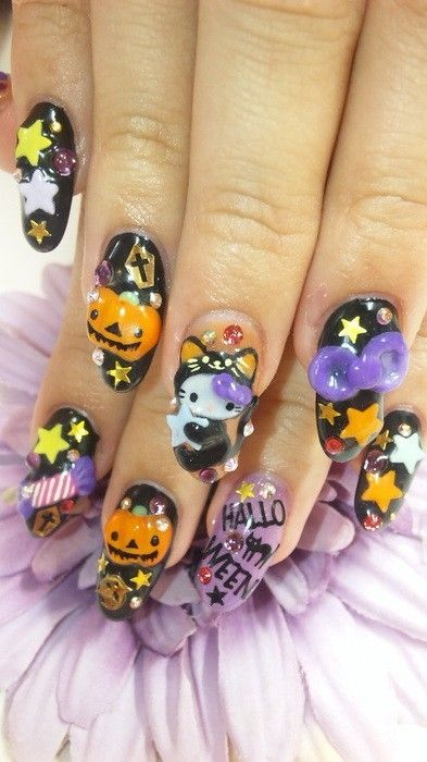 Hello Kitty Halloween nails--wow this is too much!! and ...