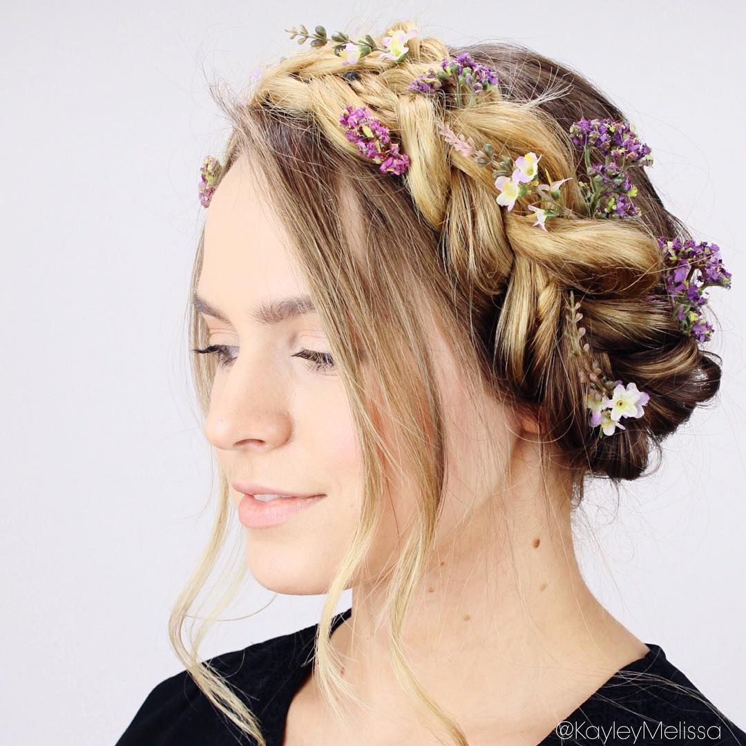 Wedding Flowers Crown For Fine Hairstyle: Absolutely Swooning Over This Braided Crown With Gorgeous