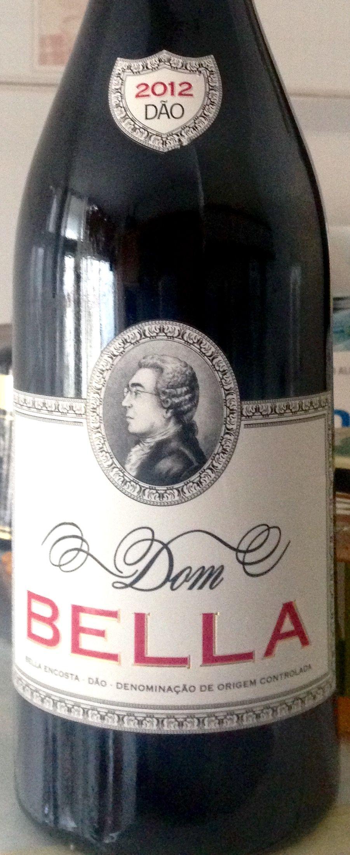 Bela cor rubi intensa, aromas complexos e pouco acentuados de cacau. Um vinho surpreendentemente leve, inclusive nos taninos, considerando a casta envolvida. Simplesmente um bom vinho (4.fev.2017) ****