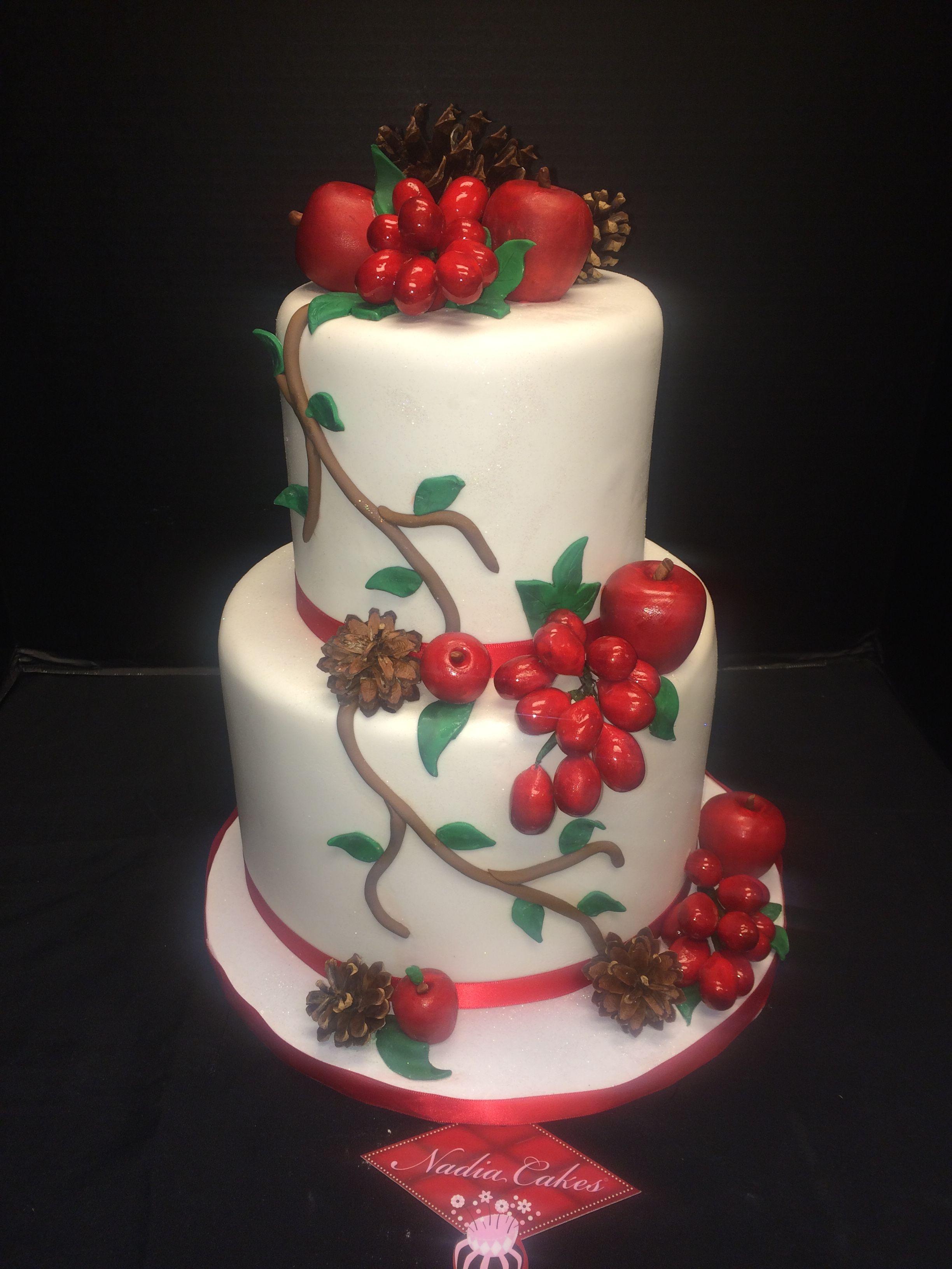 winter wonderland wedding. Everything is 100% edible ...
