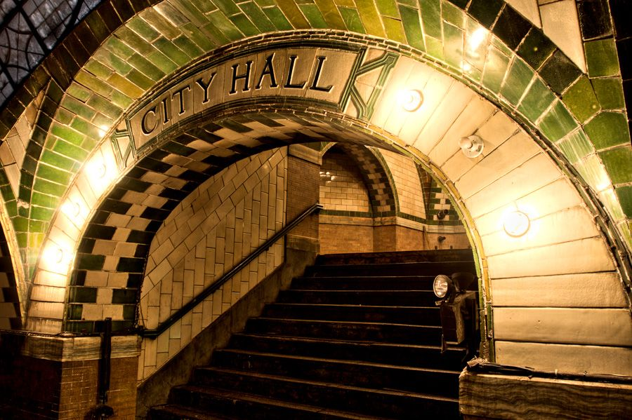 Pin By Cory Wonderly On New York Art Deco City Hall Station New York City Hall New York Subway