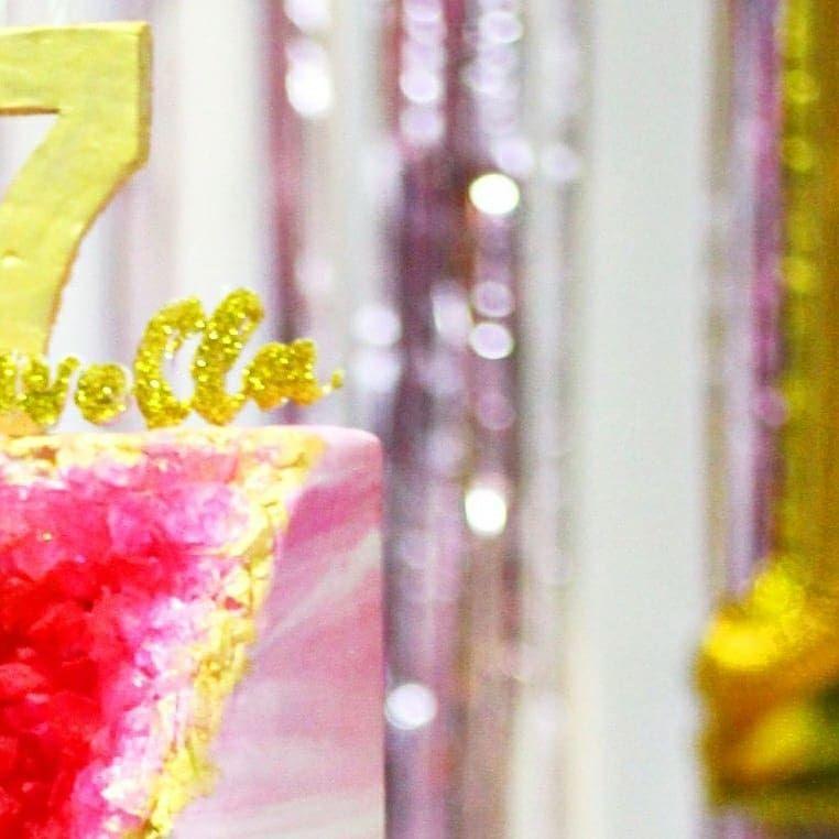Happy Sweet 17th Marvella 🎂🎉🎊🎁 Venue @gardencityresto Decor @unicorn_patisserie  Price start from 1,5jt Sewa bisa lgsung DM 😄