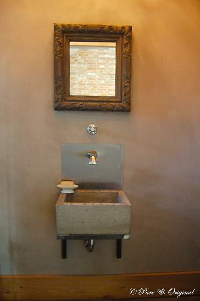 Foto`s van Pure & Original. Kalkverf in badkamer verzegeld met Dead ...