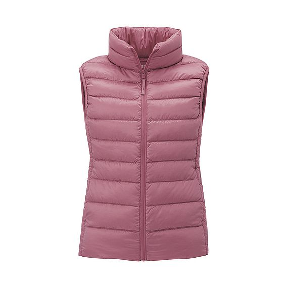 UNIQLO women's Ultra Light Down vest in a lovely feminine, on-trend pink. The vest, as the name suggests, is ultra light, but is filled with 90% down and 10% feathers making it extremely warm. #ULD