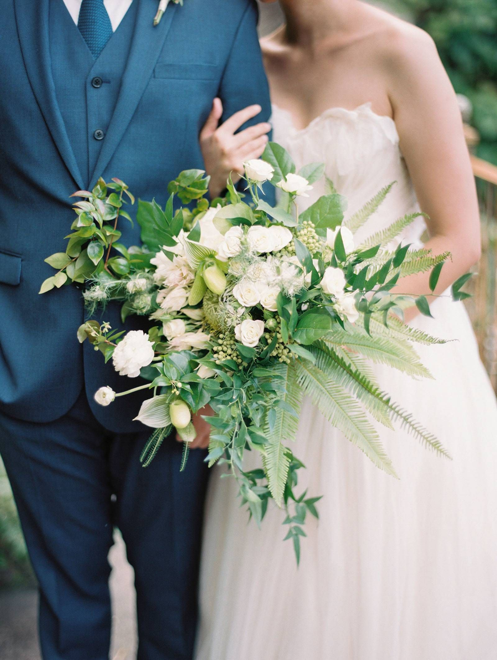 Stunningly elegant u tropical hawaii wedding via magnolia rouge my