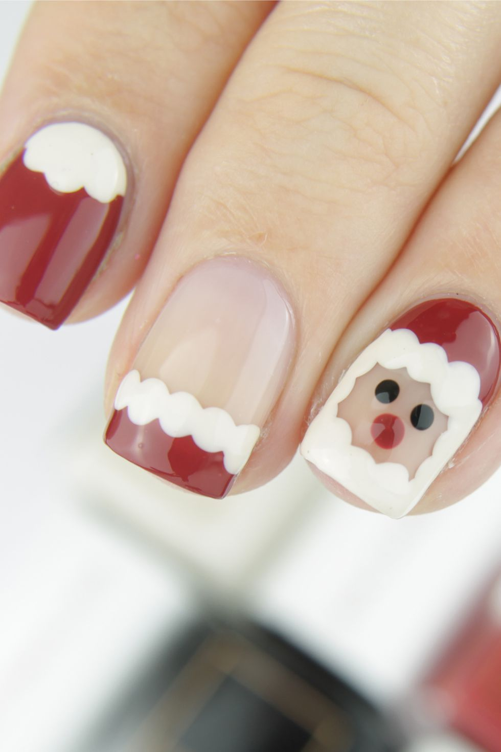 27 Best Christmas Nail Art Ideas to Try This December