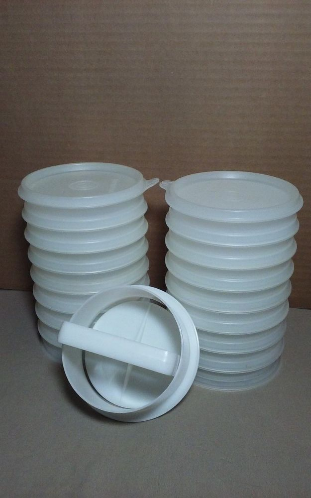 TUPPERWARE 14 STACKING BURGER KEEPERS / HAMBURGER PRESS / PATTI MAKER NEW  25.00