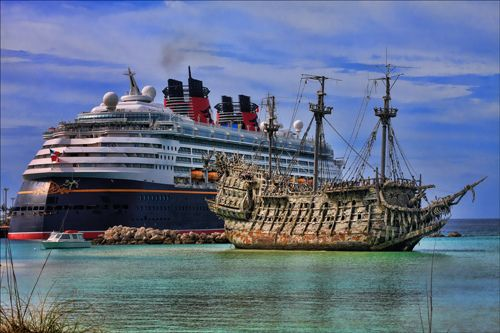 Disney Magic And Flying Dutchman Castaway Cay Cruises And Vacation - Flying cruise ship