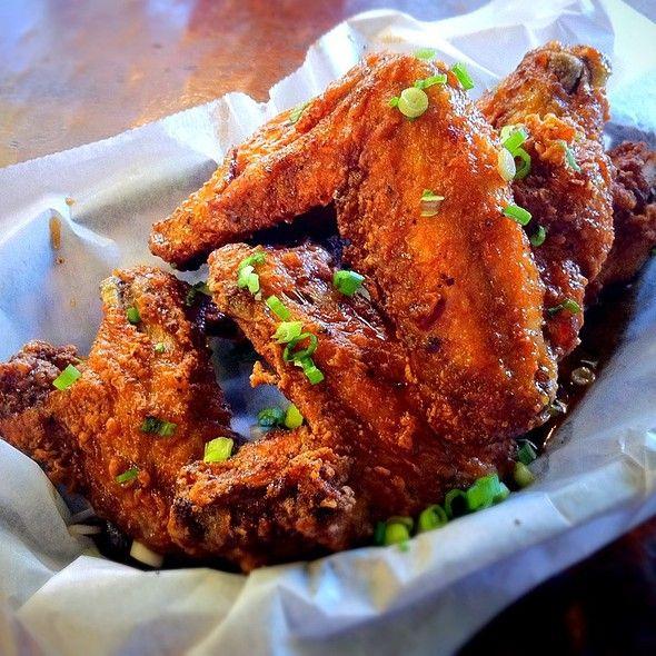 Whole Jumbo Wings Crisp Chicago Best Chicken Dishes Chicken Dishes Chicago Food