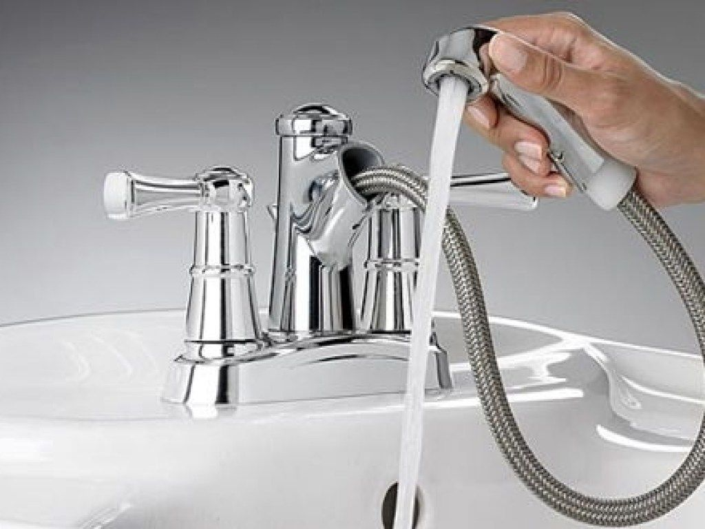 Bathroom Sink Faucet With Sprayer | Bathroom Exclusiv | Pinterest ...
