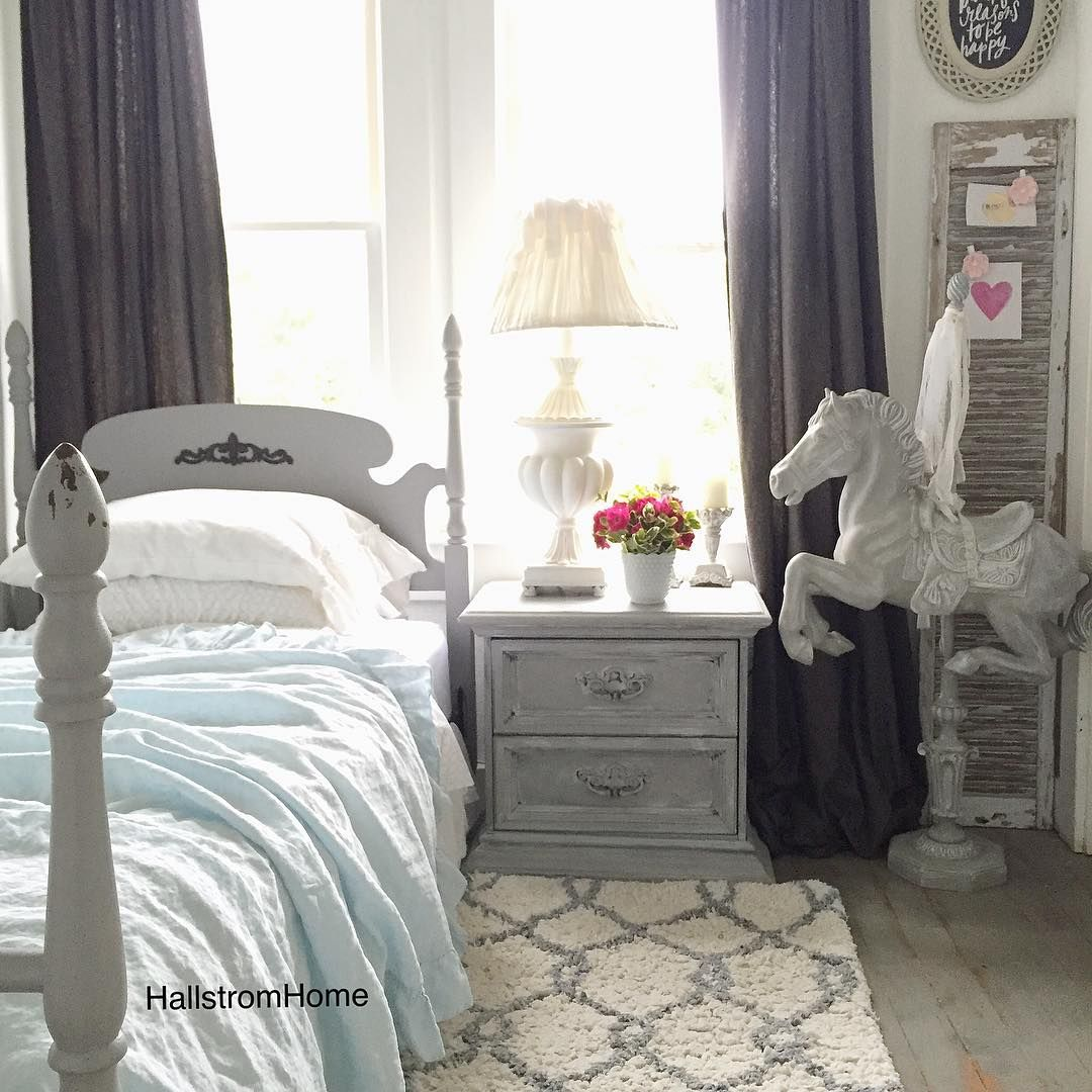CLICK HERE for New luxury linens and bedding