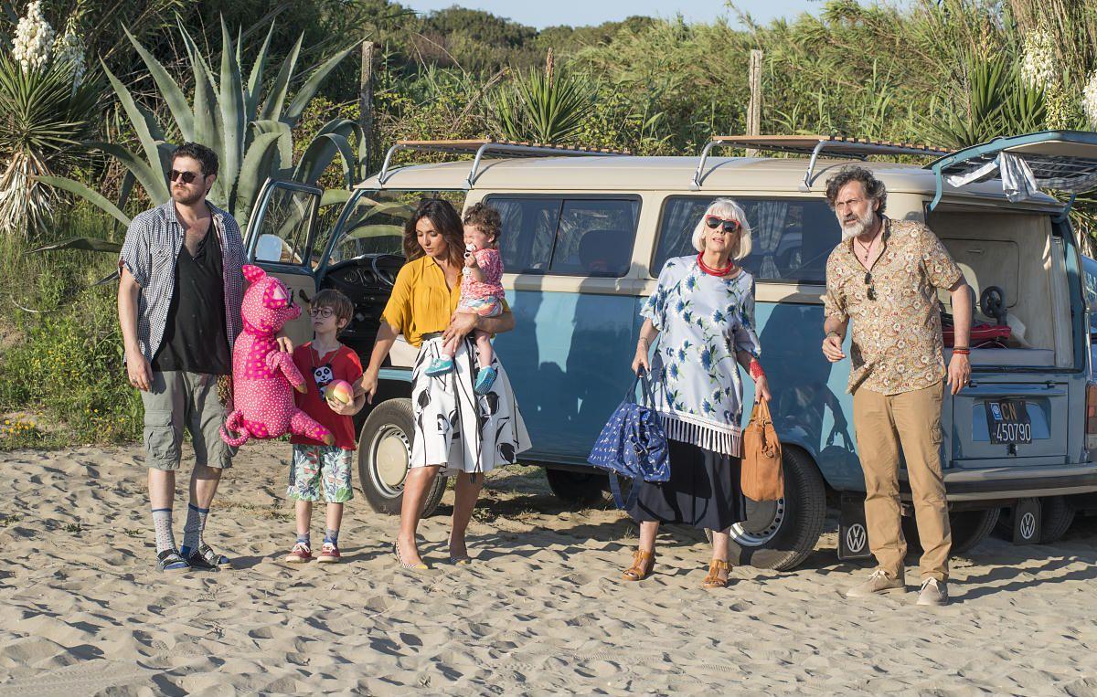 """VANNI on the big screen. In the Italian comedy """"La verità, vi spiego, sull'amore"""" #VANNI glasses for the leading characters.  #VANNIeyewear #madeinitalyforsure"""
