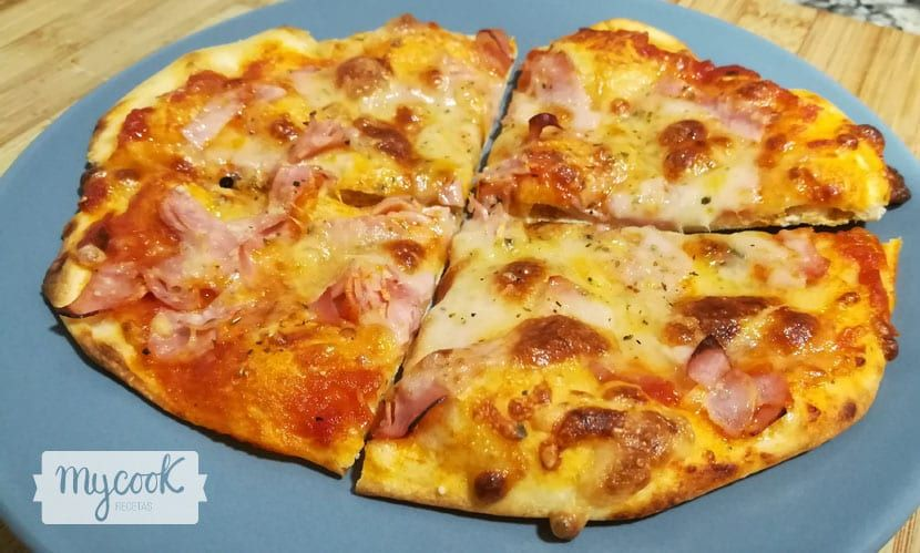 Receta De Auténtica Masa De Pizza Italiana Elaborada Con Mycook Masa Para Pizza Pizzas Caseras Receta Masa Para Pizza Italiana