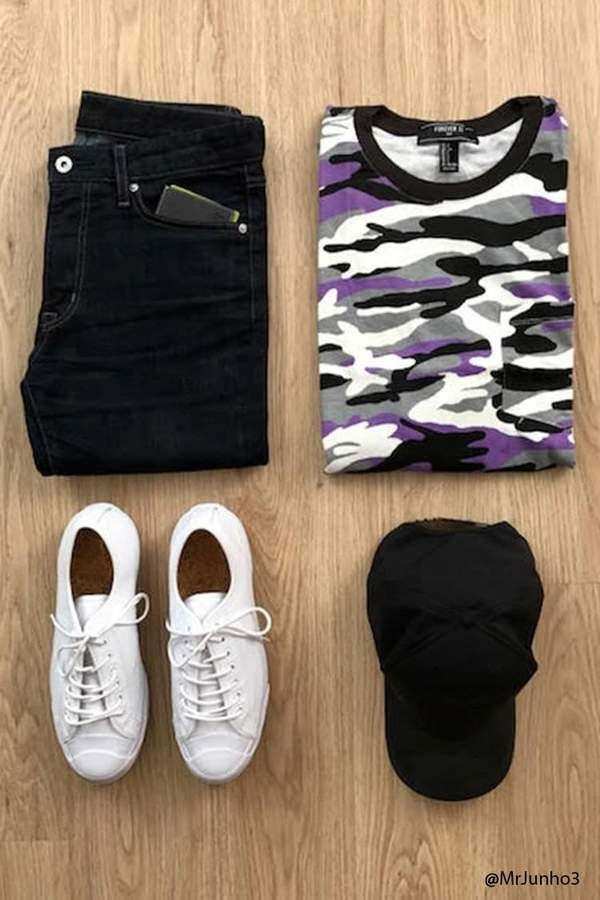 Forever 21 Camo Print Knit Tee