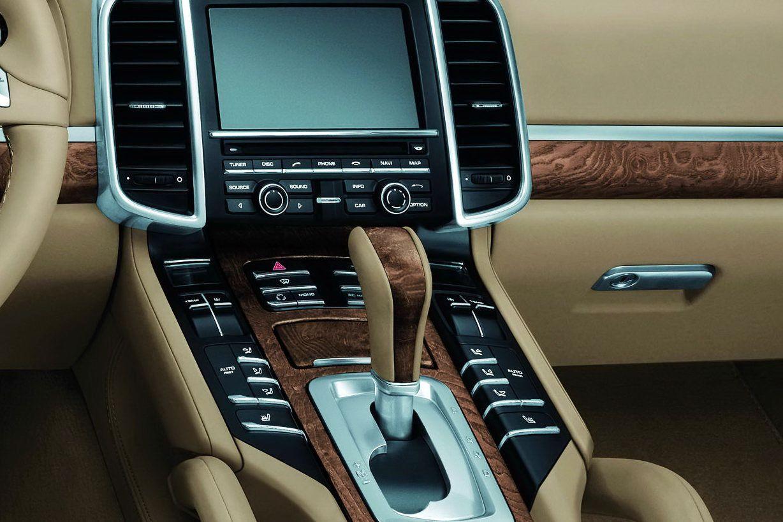 Porsche AP Series Interior