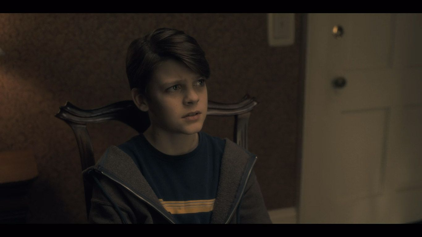 Paxton Singleton As Young Steven In Season 1 Episode 1 Of The Haunting Of Hill House Source Netflix Marido Meu Futuro Marido Imagens
