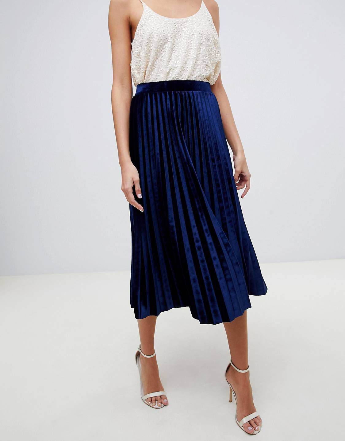 Jupe plissée bleue | Jupe plissée bleue, Jupe plissée, Jupe