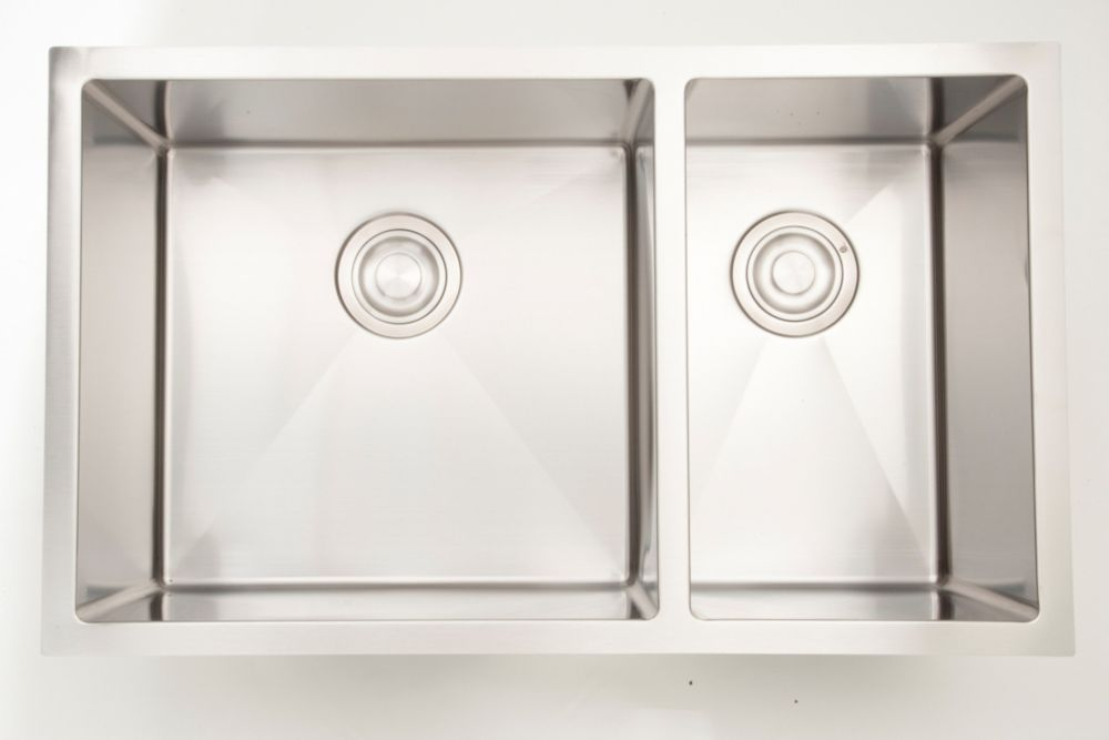 33 Inch W 70 30 Double Bowl Undermount Kitchen Sink For A Wall