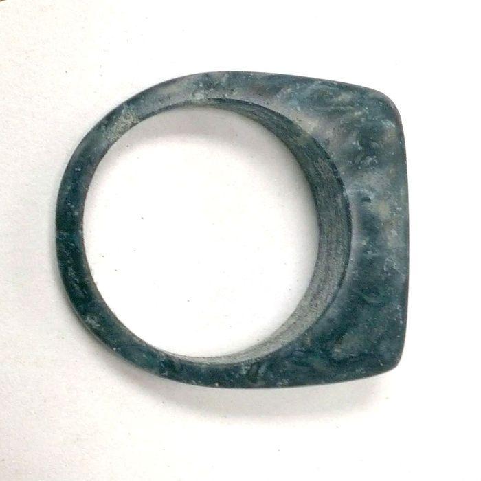 Limited Edition Denimite Thin Ring Anillo elaborado a partir de Vaqueros usados y reciclados.
