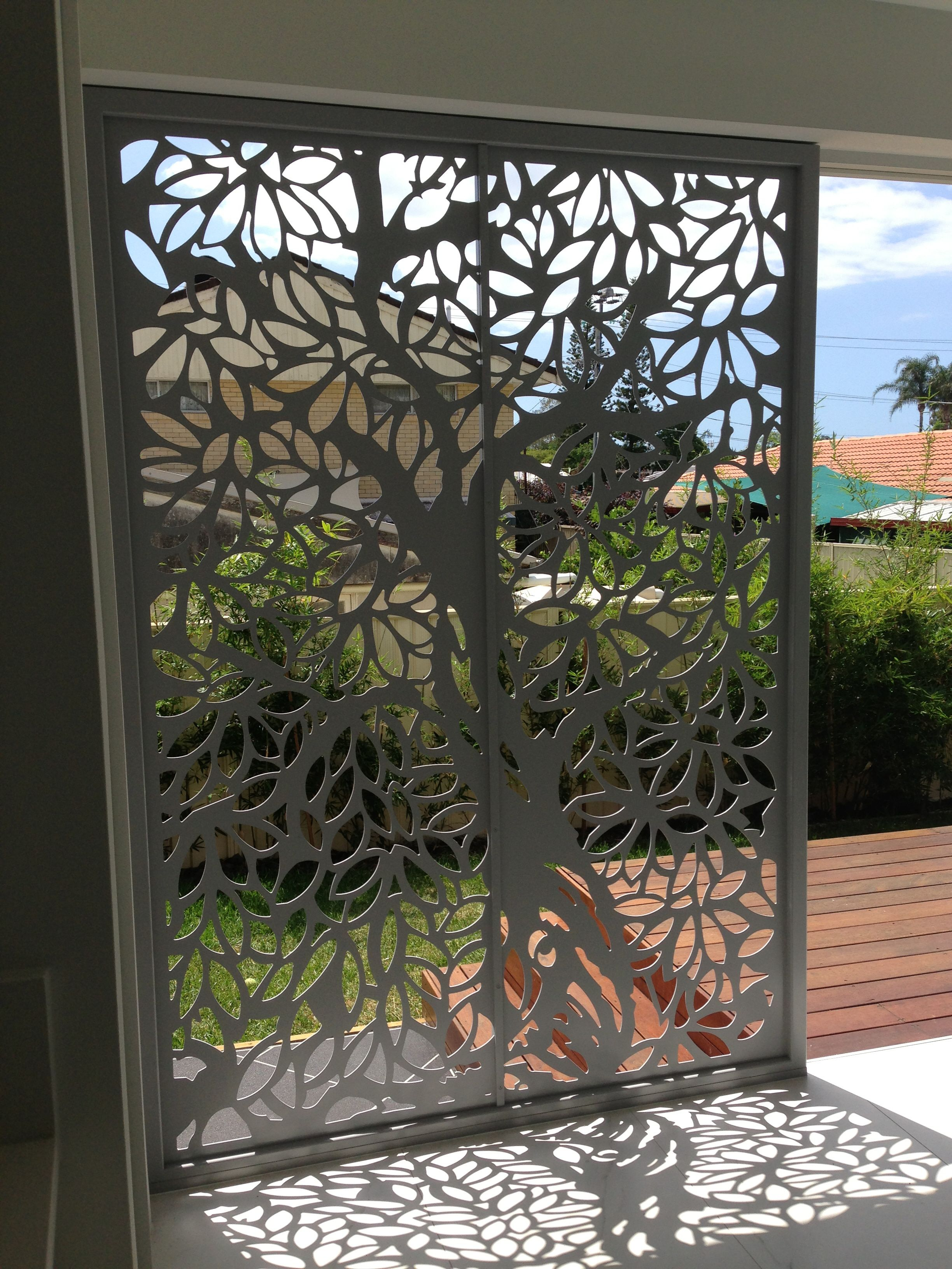 Screen art privacy screens residential entrance http for Wood patio privacy screens