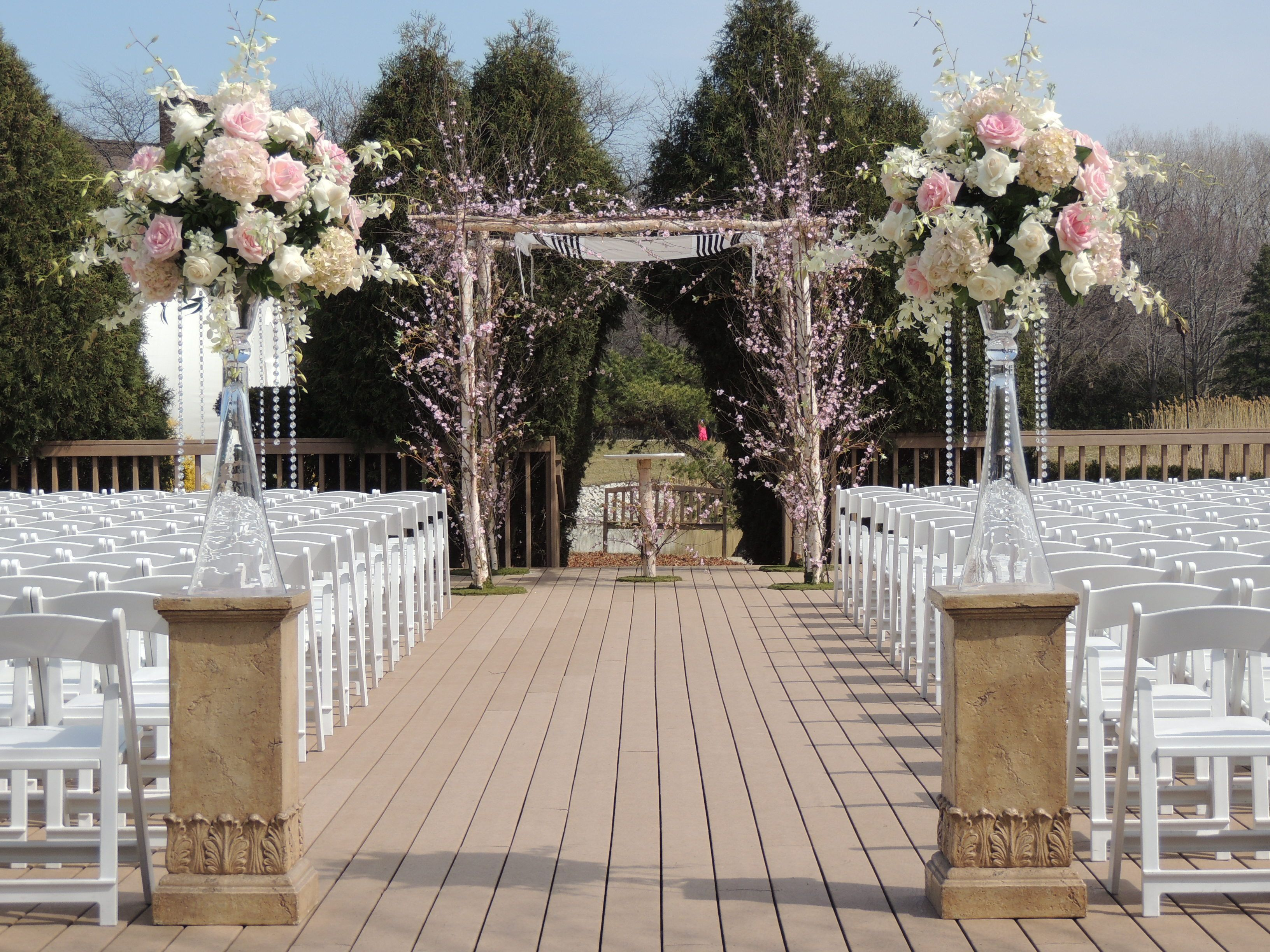 Simple And Elegant Outdoor Wedding Ceremony. #wedding