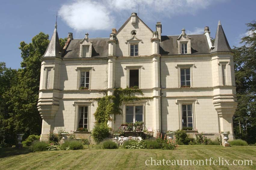 Chateau De Mont Felix Beautiful Chateau In The Center Of The