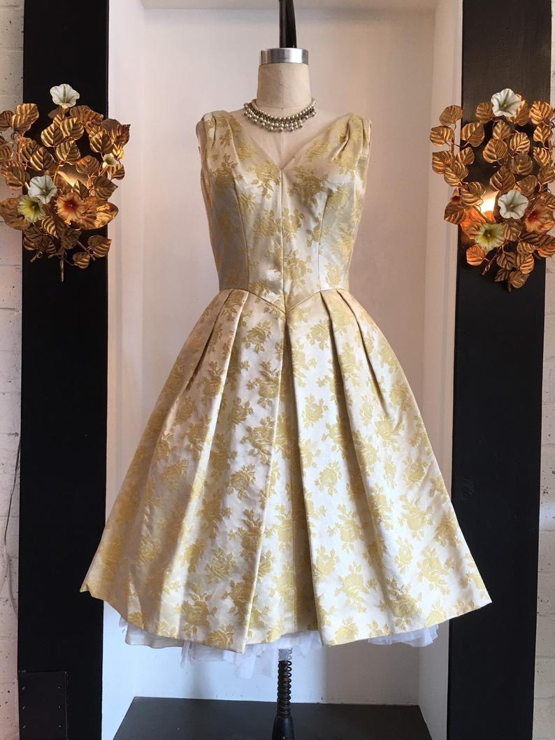 1950s Brocade Dress Vintage 50s Dress 50s Cocktail Dress Etsy Vintage Dresses 50s Vintage Dresses Vintage 1950s Dresses [ 1059 x 794 Pixel ]