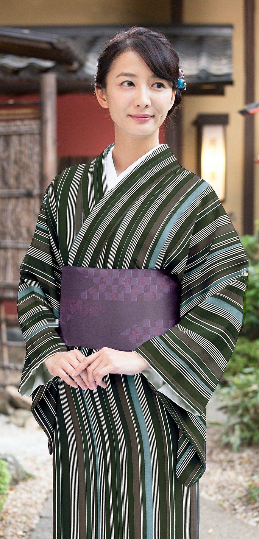 Izumi Sawada is beautiful in Yukata-Kimono design. 澤田泉美 Yukata with Kimono