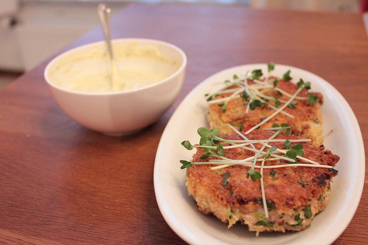Salmon Patties Without Eggs Imaddictedtocooking Com In 2018
