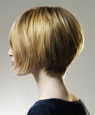 short blonde straight coloured #bob Modern volume sleek Womens haircut hairstyles for women