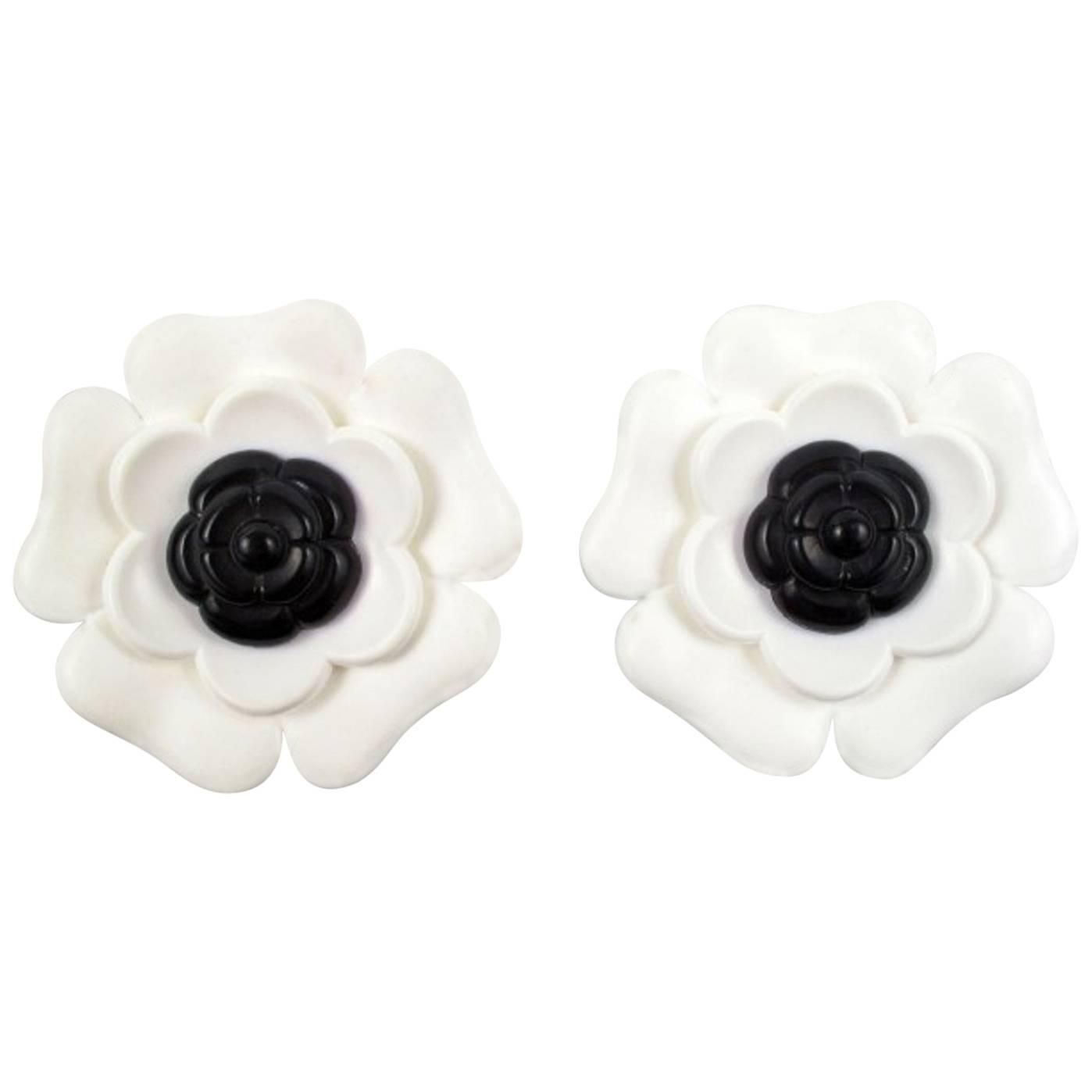 Chanel Camellia Flower Clip Earrings Chanel Camellia Flower Chanel Earrings Vintage Gold Earrings