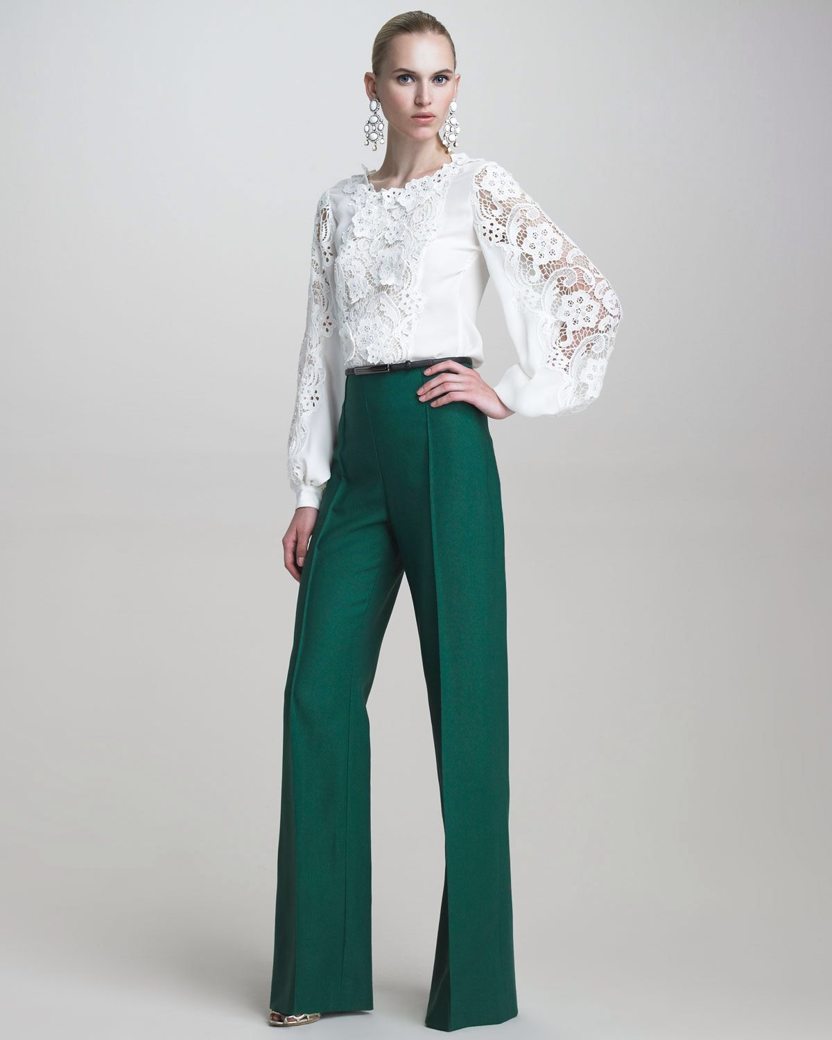 How to emerald wear green pants
