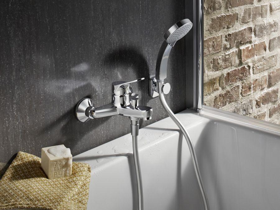 Le mitigeur m�canique comme robinet de bain