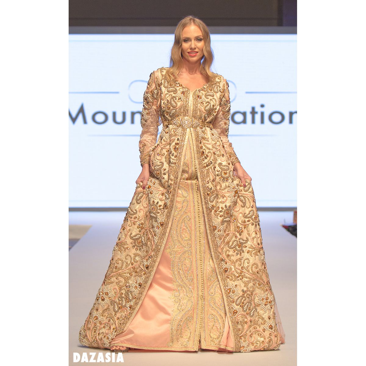 Moroccan Kaftan by Mouny Creation  8e9587d2c9d