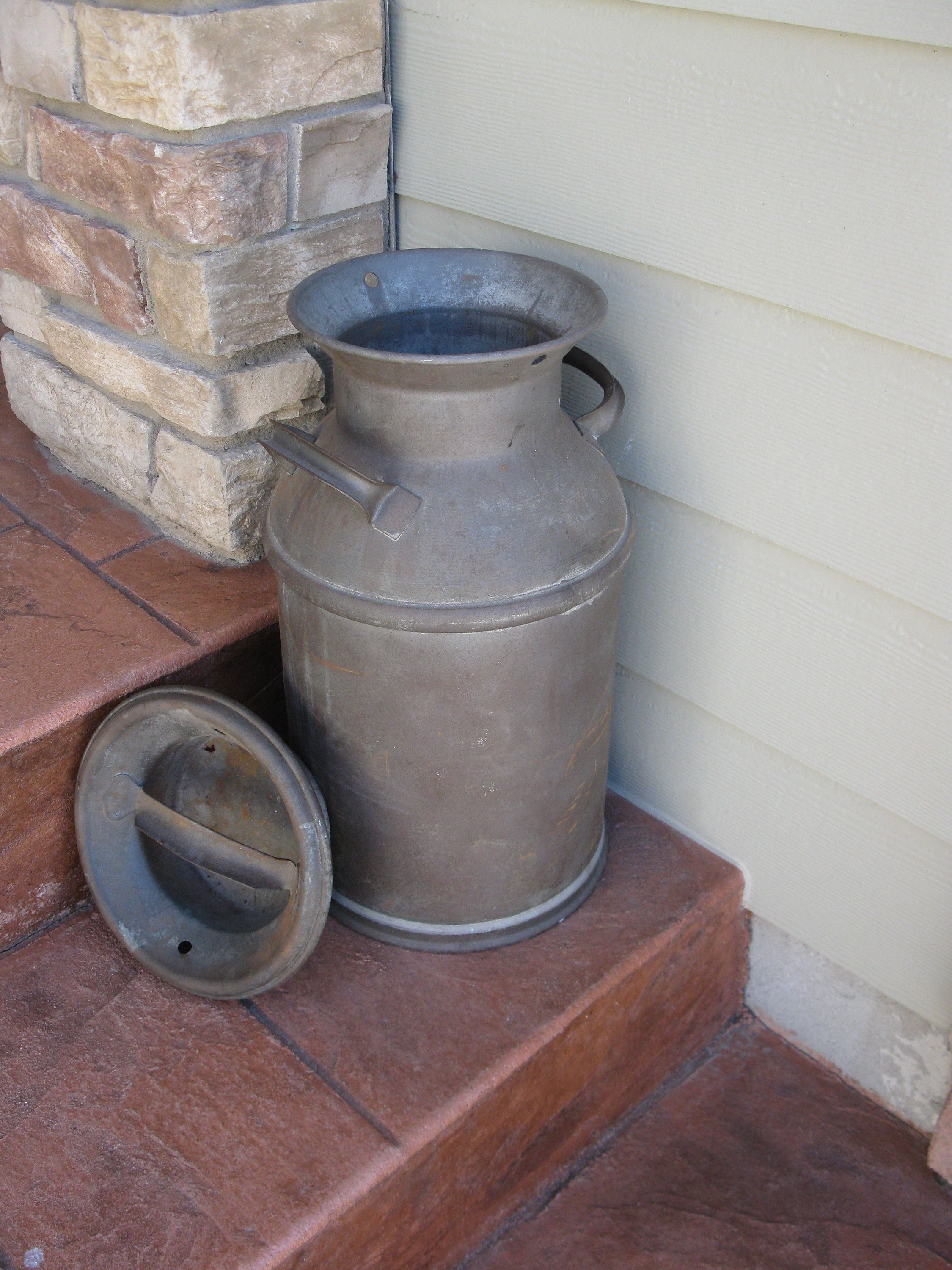 Small Metal Milk Can W Lid Cream Can Rustic Shabby Storage Container Garden Decor Planter Dairy Can Rusty Collectible Old Milk Cans Milk Cans Metal