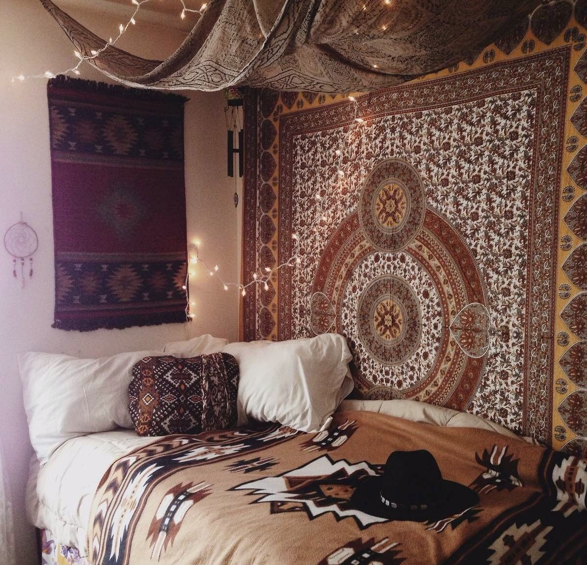 Boho bedding tumblr my bohemian room for Ethnic bedroom ideas